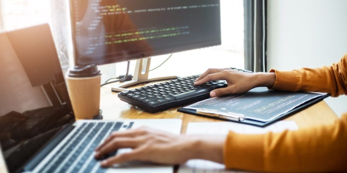 What is software? How many types of software?